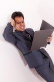 Hombre de negocios With Folio de la tensión imágenes de archivo libres de regalías