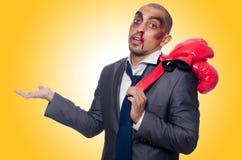 Hombre de negocios gravemente batido foto de archivo libre de regalías
