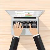 Hombre de negocios Hands Working Laptop Ilustración del Vector