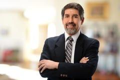Hombre de negocios hispánico maduro Fotografía de archivo