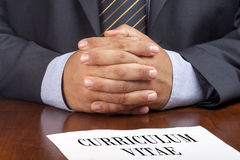 Hombre de negocios Job Interview Curriculum Vitae Closeup Fotografía de archivo libre de regalías