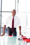 Hombre de negocios joven después de dar una presentación Fotografía de archivo libre de regalías