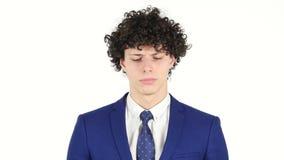 Hombre de negocios joven triste trastornado, fondo blanco metrajes