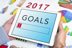Hombre de negocios joven y metas para el 2017 Imágenes de archivo libres de regalías