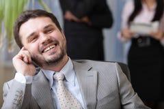 Hombre de negocios maduro ejecutivo en el teléfono Fotos de archivo