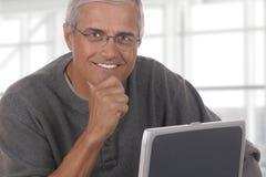 Hombre de negocios maduro Laptop Office Fotografía de archivo libre de regalías