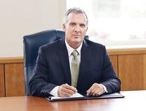 Hombre de negocios mayor confiado Fotografía de archivo