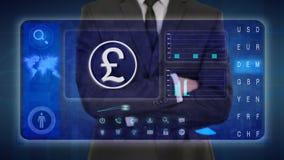 Hombre de negocios que hace un análisis financiero en las pantallas táctiles Libra británica, GBP ilustración del vector