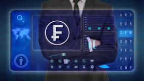 Hombre de negocios que hace un análisis financiero en las pantallas táctiles Suizo, franco, CHF libre illustration
