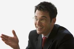 Hombre de negocios que hace una conversación - aislar Imagenes de archivo