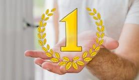 Hombre de negocios que lleva a cabo iconos dibujados mano del trofeo del ganador Fotos de archivo libres de regalías