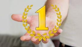 Hombre de negocios que lleva a cabo iconos dibujados mano del trofeo del ganador Fotografía de archivo