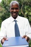 Hombre de negocios que presenta informes Imagenes de archivo