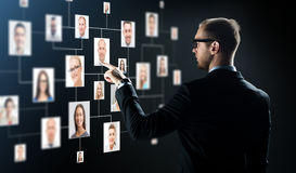 Hombre de negocios que señala el finger a Imágenes de archivo libres de regalías