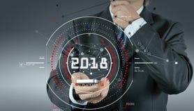 hombre de negocios que trabaja con el str social de la red de la nueva demostración elegante del teléfono Imagen de archivo