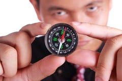 Hombre de negocios Showing Compass Fotos de archivo