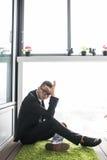 hombre de negocios sobre fracaso en lavabo Imágenes de archivo libres de regalías