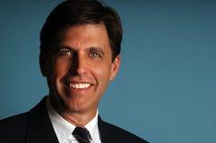 Hombre de negocios sonriente Fotos de archivo
