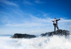 Hombre de negocios Staying Alone en la isla fotos de archivo libres de regalías