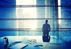 Hombre de negocios Thinking Concepts de Scape de la ciudad Foto de archivo