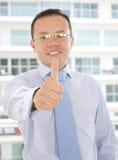 Hombre de negocios With Thumb Up Imagen de archivo libre de regalías