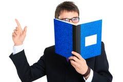 Hombre de negocios y cuaderno. Cierre para arriba Imágenes de archivo libres de regalías