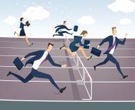 Hombre de negocios y empresaria que saltan sobre obstáculos Fotografía de archivo libre de regalías
