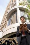 Hombre de negocios y planificador del día Imagen de archivo libre de regalías