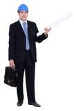 Hombre de pie con la cartera Imagen de archivo