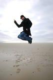 Hombre de salto imagenes de archivo