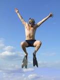 Hombre de salto foto de archivo libre de regalías