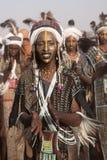 Hombre de Wodaabe en Gerewol, curación Salee, Niger Imagen de archivo libre de regalías