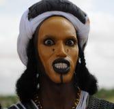 Hombre de Wodaabe que baila el Yaake, Niger Foto de archivo libre de regalías