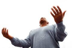 Hombre del afroamericano con los brazos abiertos Imagenes de archivo