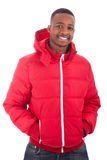 Hombre del afroamericano que desgasta un abrigo de invierno Foto de archivo libre de regalías