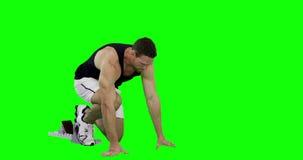 Hombre del atleta que corre del bloque el comenzar almacen de video
