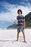 Hombre del fútbol de la playa Fotografía de archivo libre de regalías