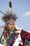Hombre del nativo americano en alineada llena. Imagenes de archivo