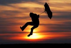 Hombre del paraguas Fotos de archivo libres de regalías