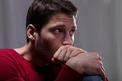 Hombre depresivo Foto de archivo libre de regalías