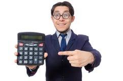 Hombre divertido con la calculadora aislada en blanco imagenes de archivo
