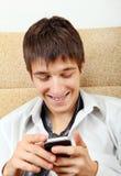 Hombre emocional del teléfono celular Fotos de archivo libres de regalías