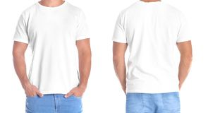 Hombre en camiseta en blanco en el fondo blanco, el frente y visiones traseras imagen de archivo