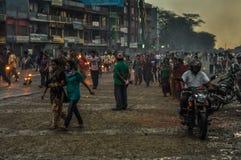 hombre en centro en Nepal Foto de archivo