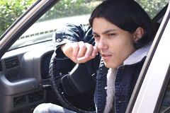 Hombre en el coche Foto de archivo libre de regalías