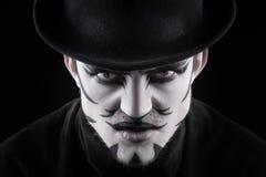 Hombre en el maquillaje, parecer un gato Foto de archivo
