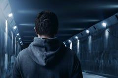 Hombre en el túnel Imagen de archivo
