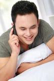 Hombre en el teléfono Fotos de archivo libres de regalías