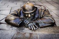 Hombre en el trabajo, Bratislava, Eslovaquia Imagen de archivo libre de regalías