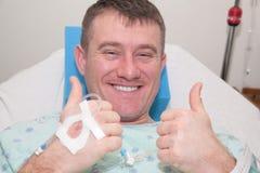 Hombre en hospital Imagenes de archivo